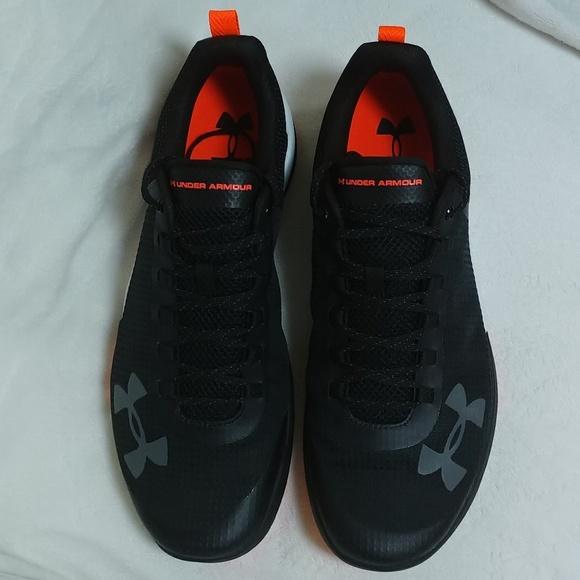7e02c3d3 Men's Under Armor Charge Legend TR Shoes Size 12.5 NWT